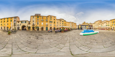 Lucca in Italien an der Piazza Anfiteatro